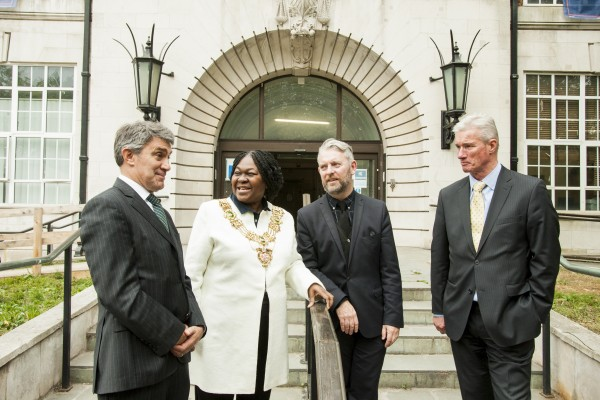 Mayor of Southwark tours former Town Hall