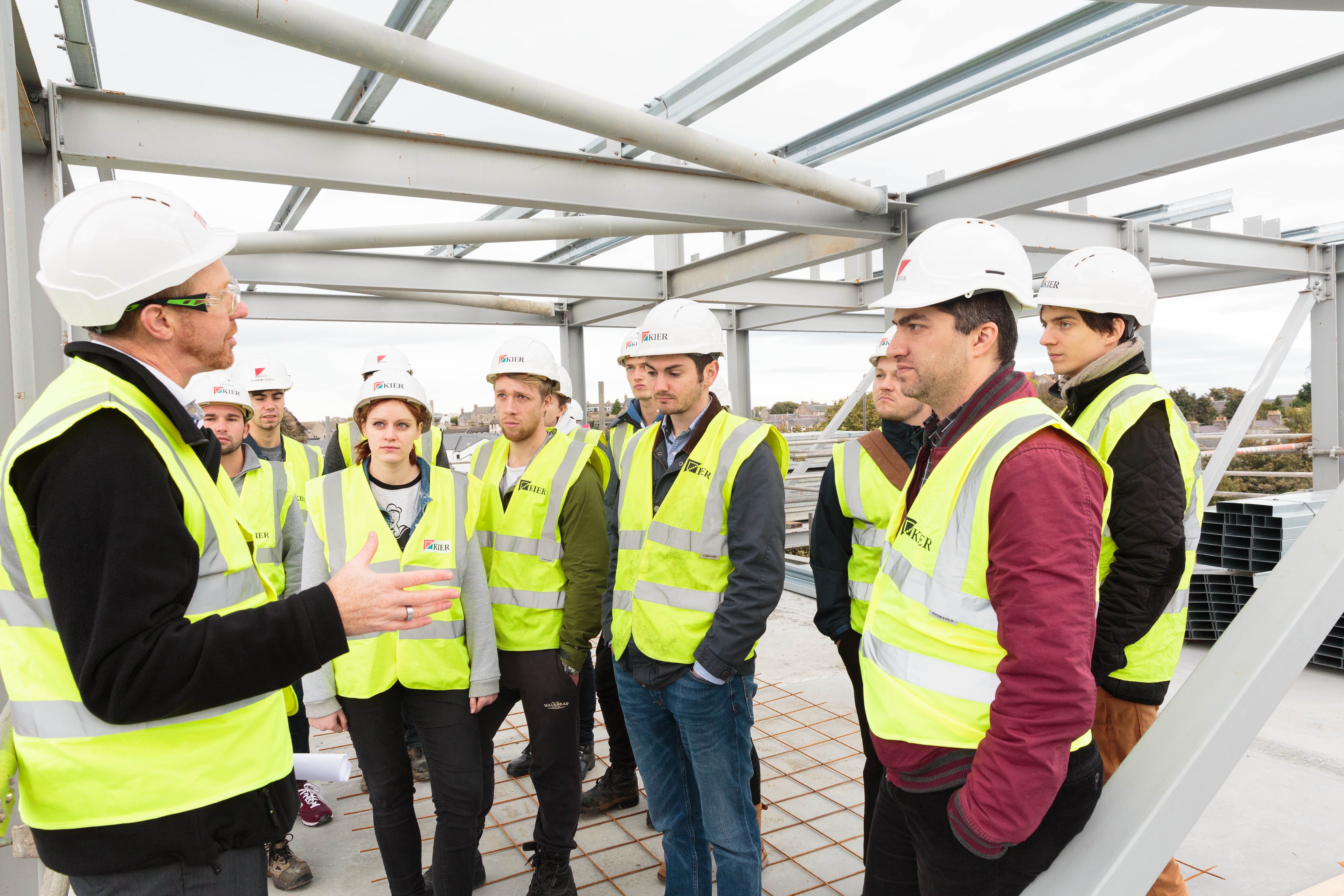 Tuesday 20th October 2015, Aberdeen, Scotland. Students from the University of Aberdeen's structural engineering degree course, on a site tour at Alumno Developments student accommodation. (Photo:Ross Johnston/Newsline Media)
